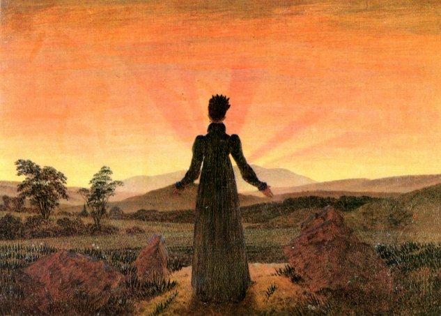 Frau vor untergehender Sonne (Sonnenuntergang, Sonnenaufgang, Frau in der Morgensonne)